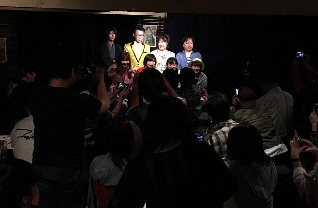 渋谷ソングラインズにて開催された昭和歌謡スタイルの撮影タイム