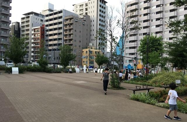 スクエア荏原の公園