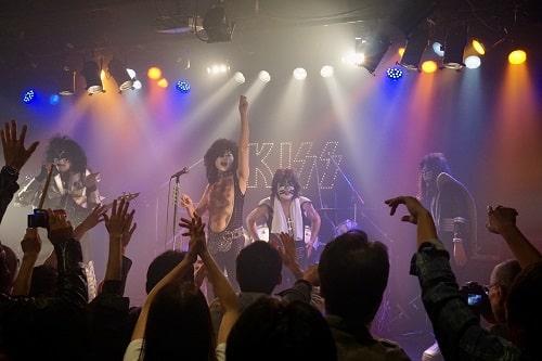 Joke'd KISSの27周年記念ライブ終了の場面