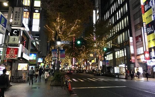 11月の渋谷の道玄坂