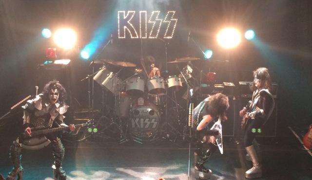 Joke'd KISSのライブ画像