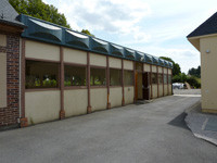 Village hall of Les Feuilles d'Or/  Photography of websitesof  ctiy hall