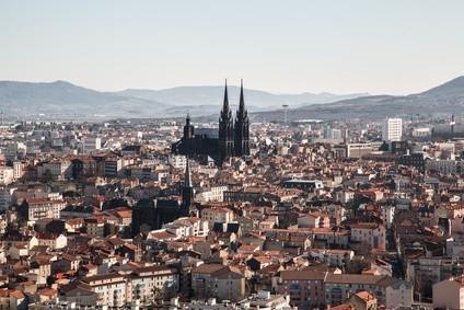 Clermont-Ferrand et sa cathédrale en pierre de Volvic