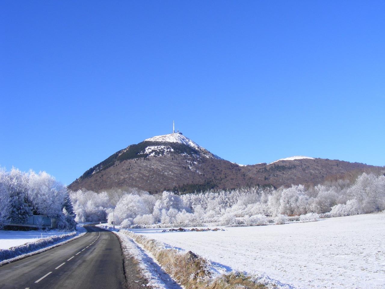 Le Puy de Dôme en hiver