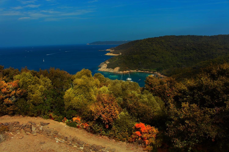 Vue du fort de l Estisac, Port Cros, Hyeres (FRANCE) missaventure blog
