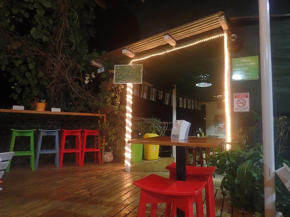 Falafel Bar, Manuel Antonio. COSTA RICA. missaventure blog