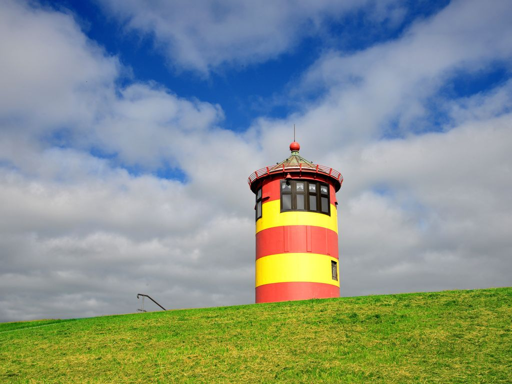"""Pilsumer Leuchtturm: """"Otto-Turm"""""""