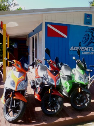 Scooter rental Rarotonga, Hire scooters in Rarotonga, Adventure Cook Islands rentals,