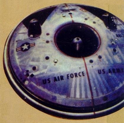 """Prototipo di disco volante americano """"Avro-Car"""" - 1953"""