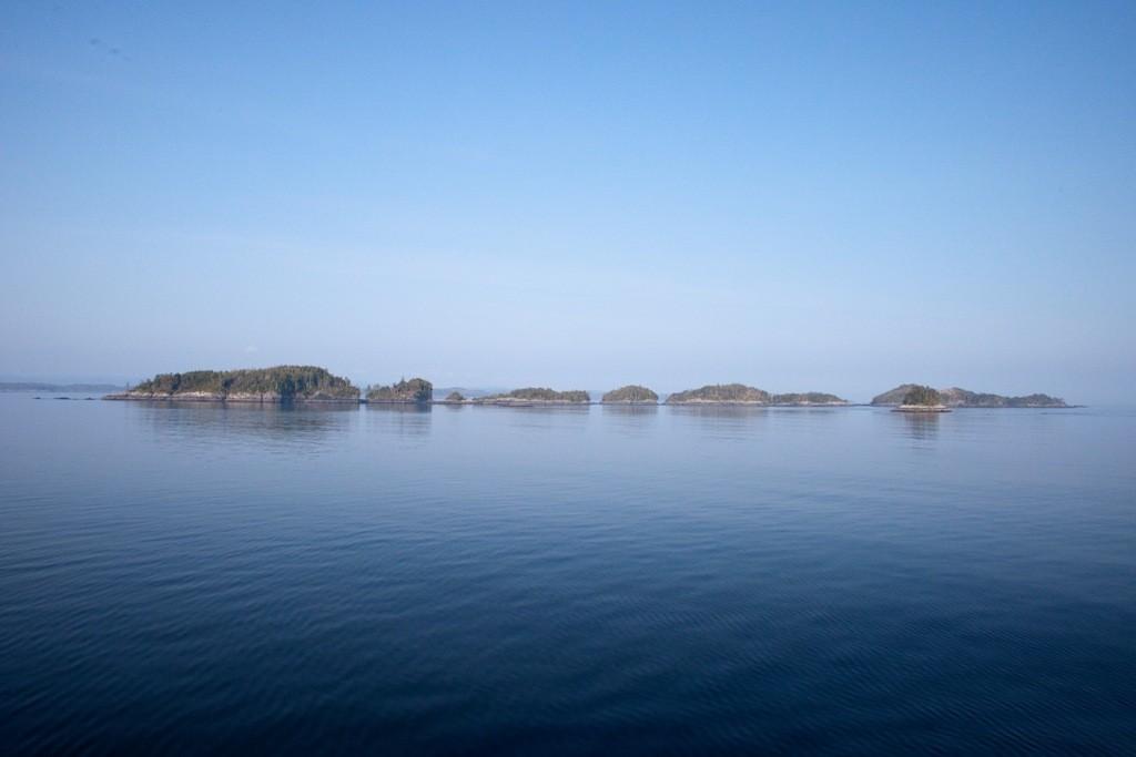 Die Hecate Strait in ihrer sich ständig wechselnden Schönheit bei ruhiger See
