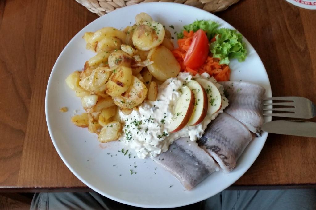 "...mein deftiges Abendbrot a la ""Hommels Gasthaus"" lecker!"