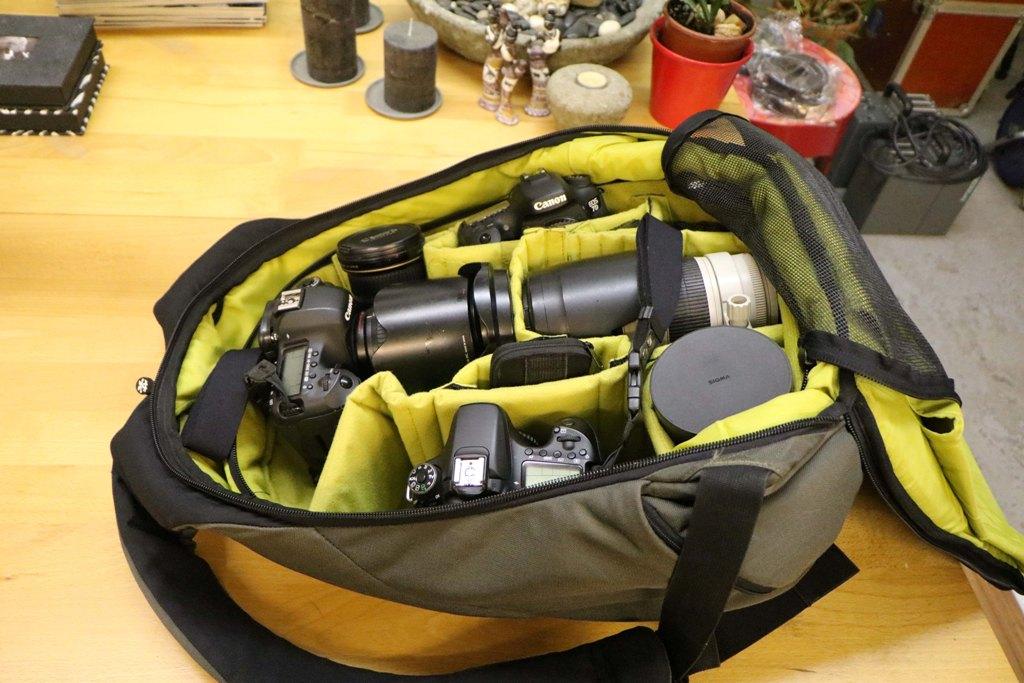 ...und das ist Martin Buschmann´s Reiseequipment, da kann er ganz schön buckeln!
