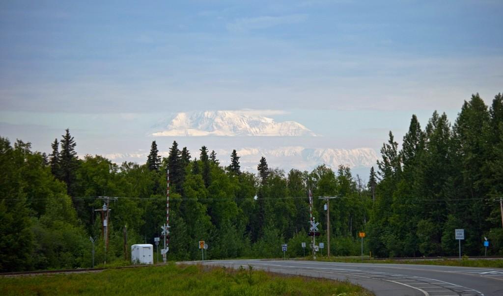 So sahen wir den Mt. Mc Kinley  (Denali) von Talkeetna aus