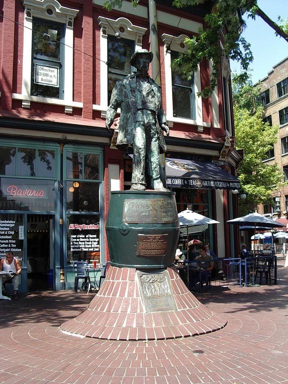 Die Statue von Gassy Jack Deighton, eine legendere Figur und Namensgeber von Gastown