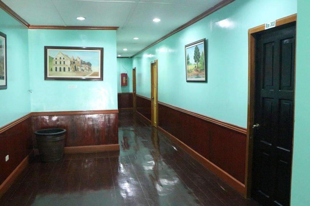 Der Korridor in der VEST Pension erinnert ein wenig an den Western Style, deshalb dieses Foto!