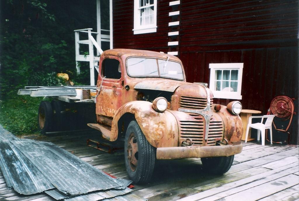 ...altes Vehikel in Beaver Cove