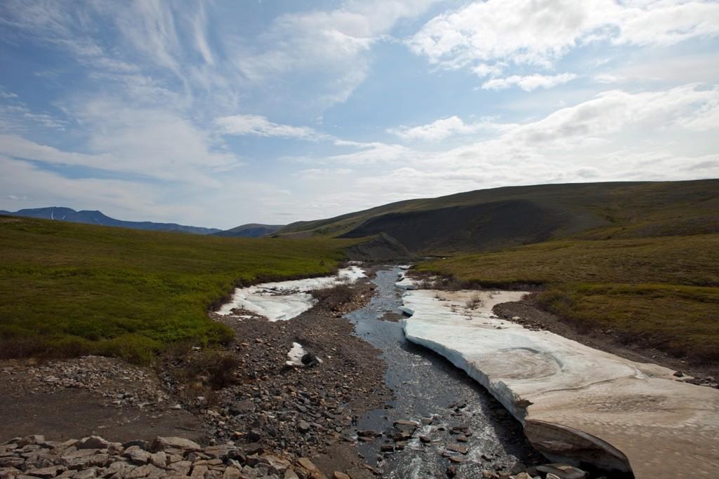 Die Rückfahrt eröffnet uns nochmals wunderschöne Motive in der weiten Tundralandschaft