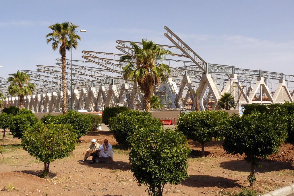 ...hier noch der Rohbau des neuen Terminal am Airport Marrakech-Menara