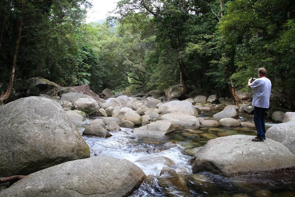 Im Steingewirr des Mossman River