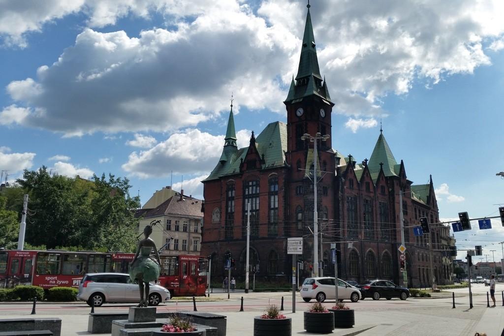 Die Universitäts Bibliothek