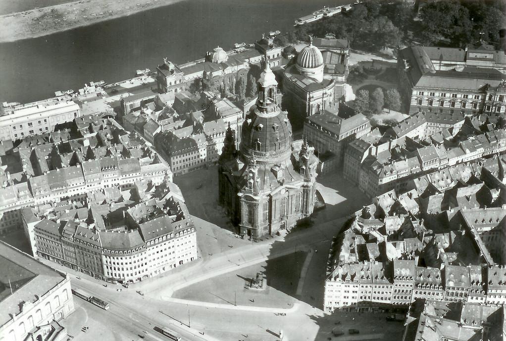Dresden - Neumarkt und Frauenkirche
