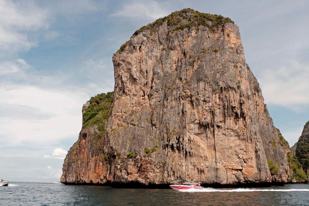 """Das südliche Kap von Koh Phi Phi Leh, eine imponierende Felsenwand"""""""