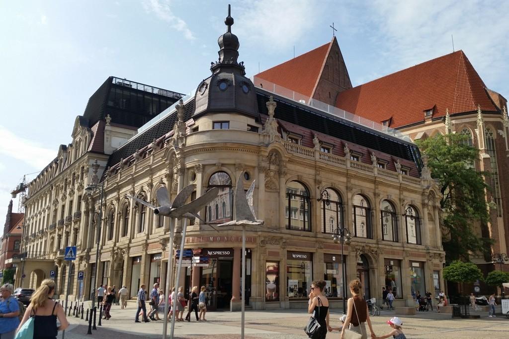 """Das legendäre Hotel """"Monopol""""!"""