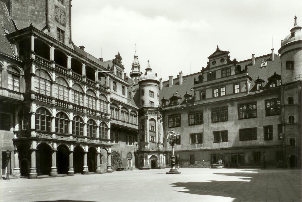 Dresden -Königl. Residenzschloss, Großer Hof, Altan des Moritzbaues 1548-54, umgeb.1896