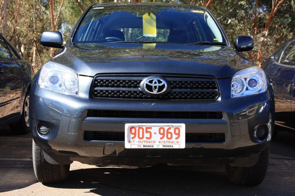Unser, schon von zu Hause aus gebuchter 4WD Toyota!
