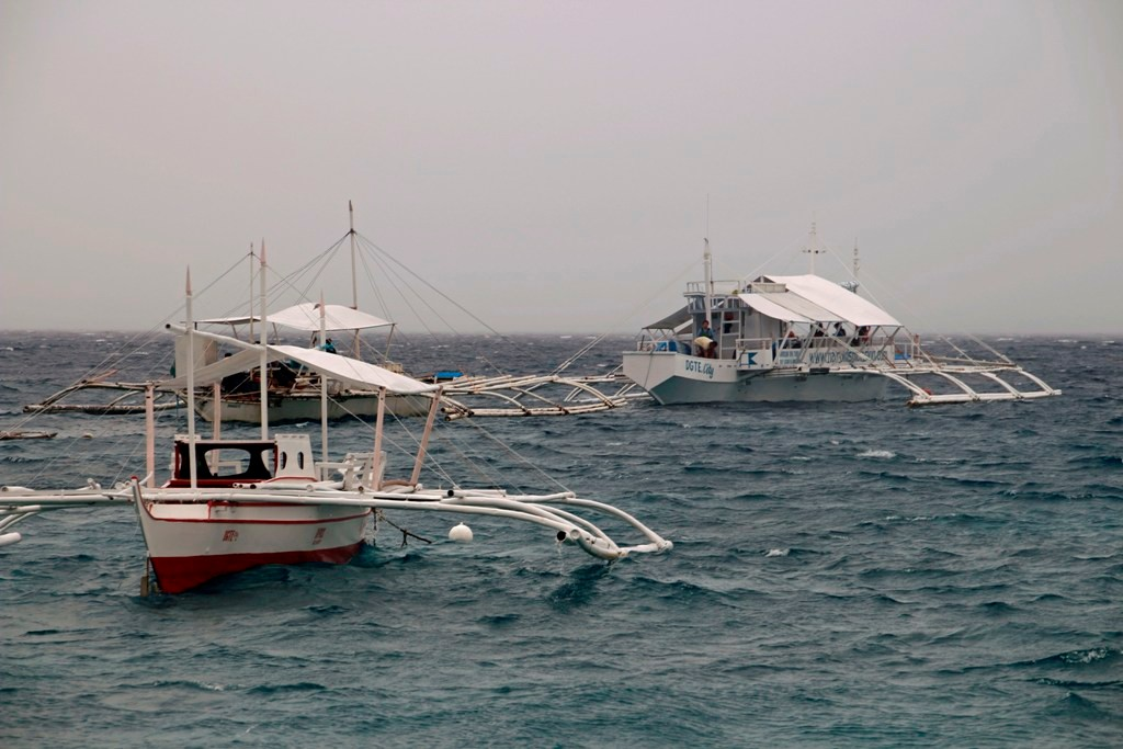 Tauchboottreff bei leicht aufgewühlter See!