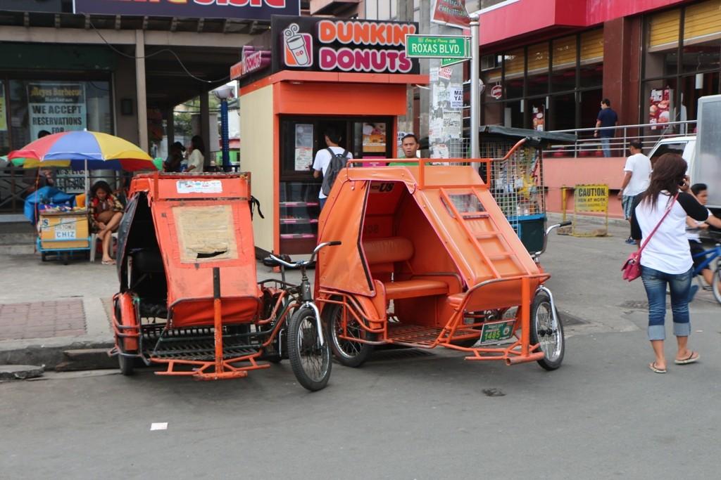 Ein recht preiswertes Verkehrsmittel, nur eilig sollte man es nicht haben.