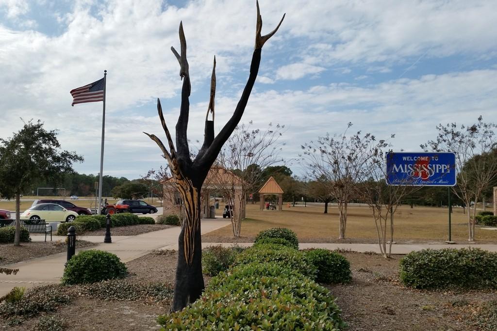 ...am Welcome (Visitor) Center der I 10 W vom Bundesstaat Mississippi!