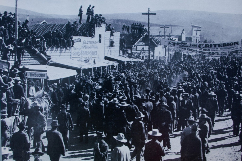 Ebenfalls eine alte Fotokopie von dieser Zeit aus Dawson City.