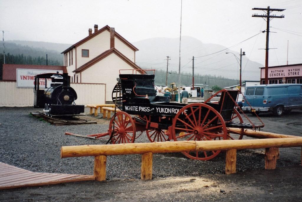 Carcross - 1998 war das noch Endstation der WP&YR. Mit dem Bus gings dann weiter nach Whitehorse