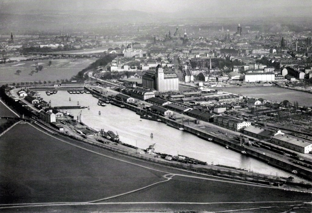 Dresden - Alberthafen um 1931