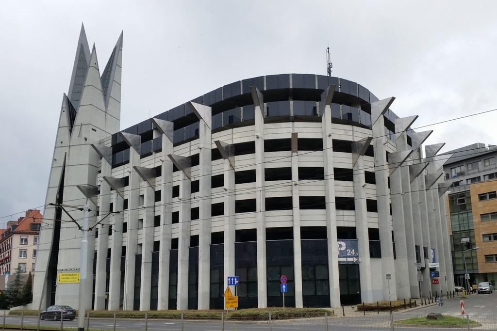 Ein moderner Garagenkomplex im Zentrum Breslau´s!