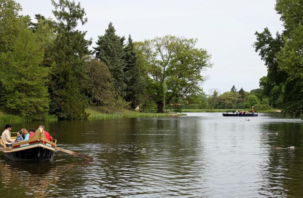 Das Fluidum der einzigartigen Wasserlandschaft im Park