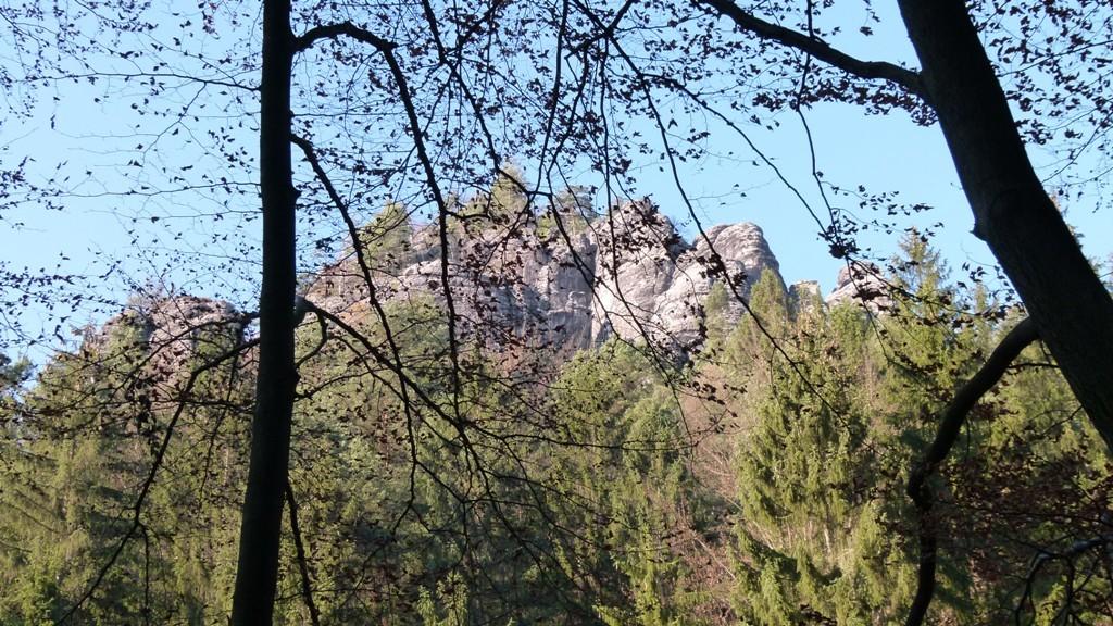 Felsmassiv oberhalb des Amselgrundes in wunderschöner Herbstsonne!