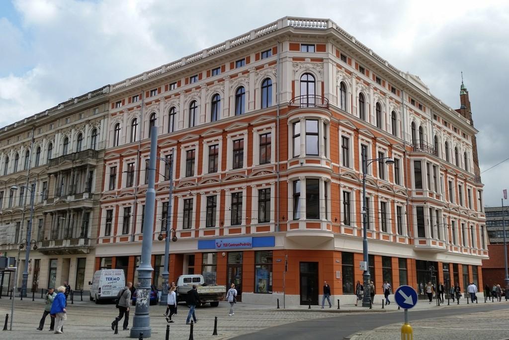 "Rekonstruierte Fassade des Hauses ""SACHS"""
