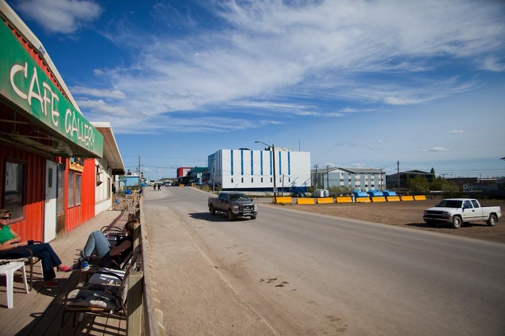 Im Hintergrund der Bildmitte das Gebäude des Gouverneurs dieser Region.