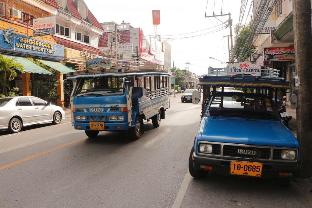 Sontheaw auf der Ranong Rd.- der Haltestellenstraße für diese Fahrzeuge