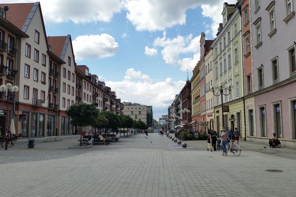 Hier beginnt die Ul. Świdnicka, früher Schweidnitzer Straße. Sie ist wohl die bekannteste Straße Breslau´s
