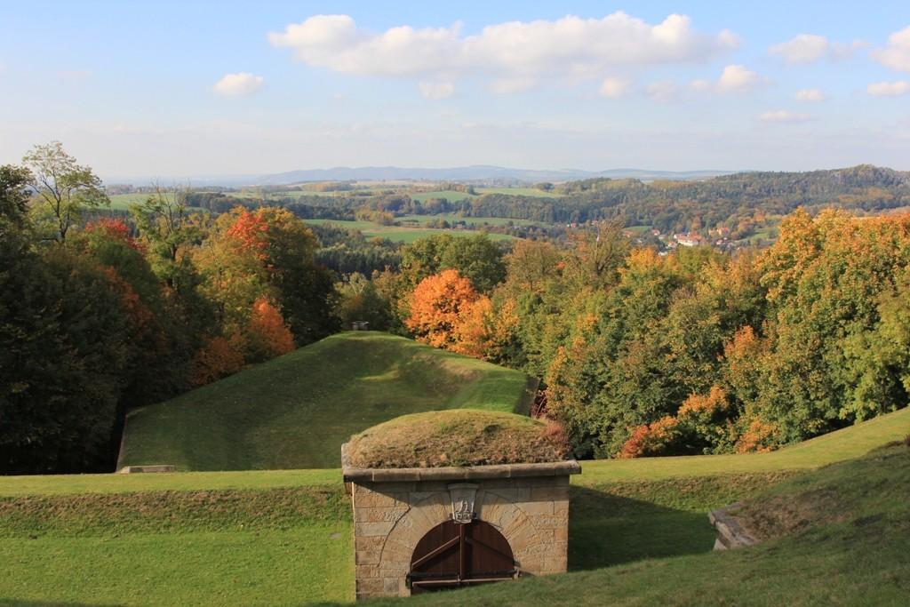 Herbstliche Festungsaussicht