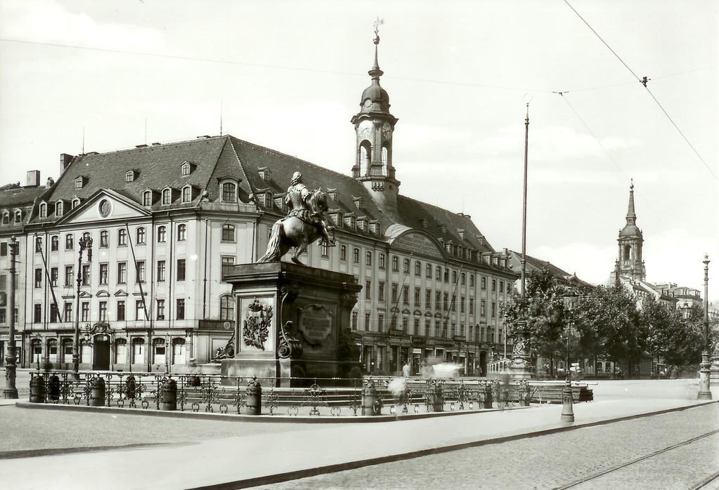 Dresden - Neustädter Rathaus, August der Starke (Goldener Reiter), Dreikönigskirche
