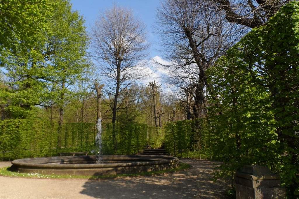 ...Springbrunnen im Schlossgarten!