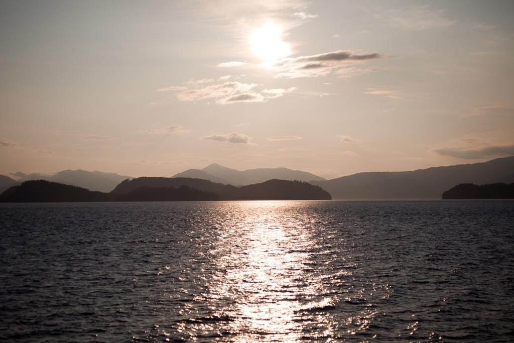 Im diffusen Licht die vorgelagerten Inseln der Inside Passage