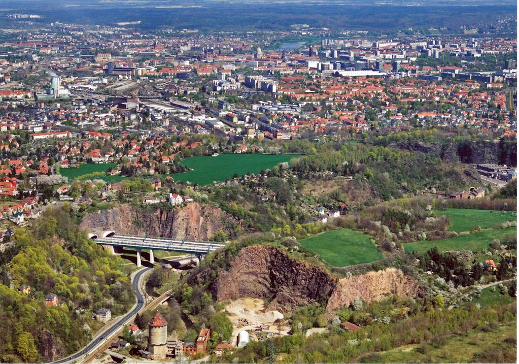 Dresden - Plaunscher Grund (BAB 17) dieser Tage
