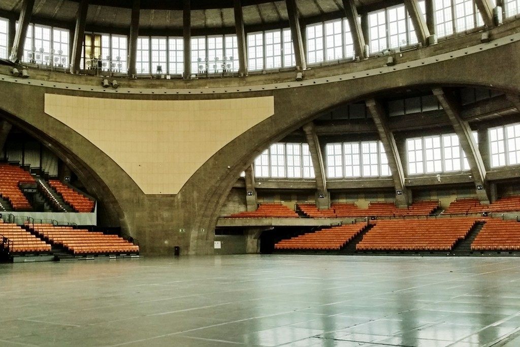 Detailfotos des Innenraumes der Halle die bis zu 20.000 Besucher fassen soll