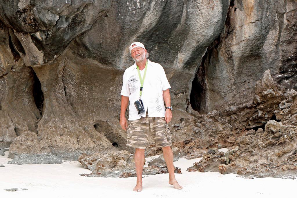 Und noch ein Erinnerungsfoto durch den Tourguide vom Monkey Beach auf Koh Phi Phi Don.