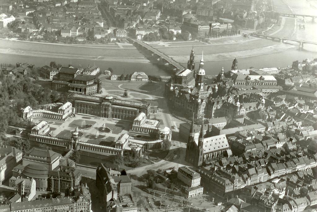Dresden - Zwinger, Residenzschloss, Theaterplatz